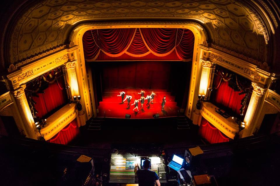 broadway_theatre